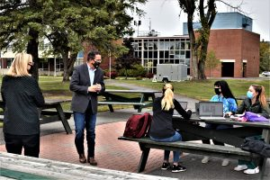 Chancellor Malloy meets UMFK Students Outside